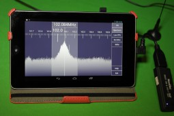 Nexus 7, RTL2832U Dongles, and SDR Touch